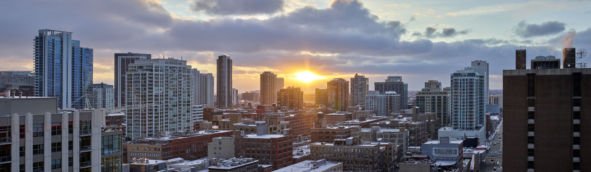 Modern apartments for rent in Chicago, IL with luxurious amenities