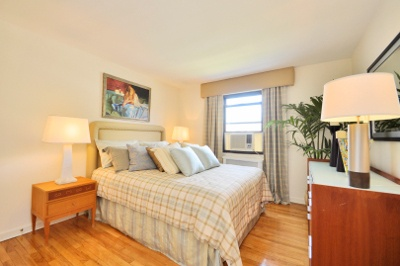 master bedroom at apartments for rent at richfield village apartments