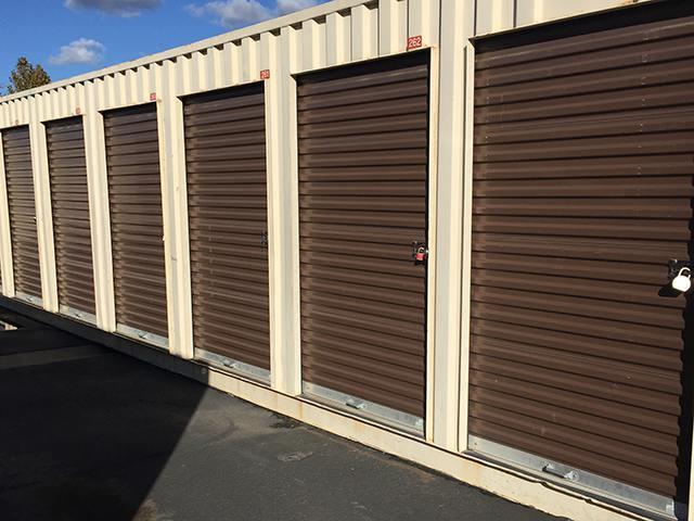 Clean Exterior Units In Sacramento Self Storage Facility