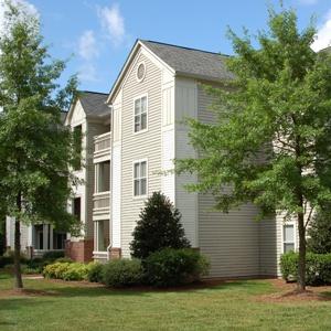 Dobbins Hill Apartments