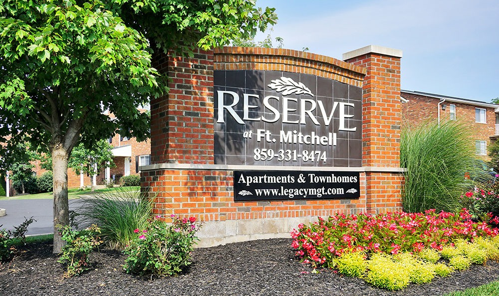 Welcome to Reserve at Ft. Mitchell Apartments in Ft. Mitchell, KY