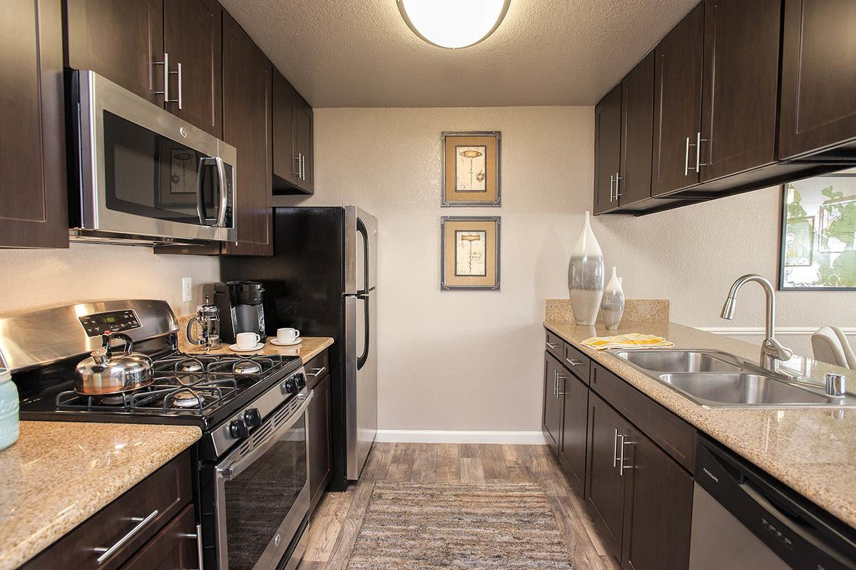 Luxurious Kitchen at Deer Valley Apartment Homes