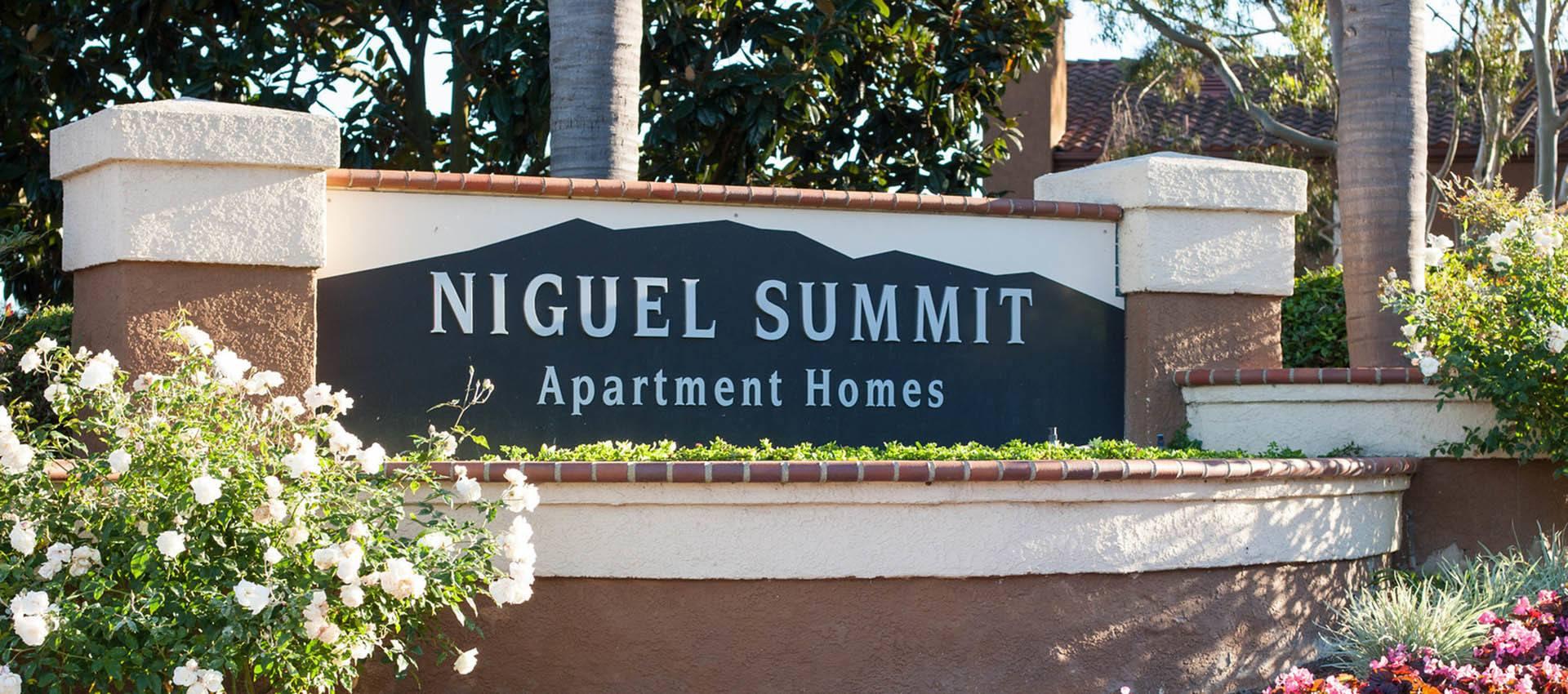 Signage at Niguel Summit Condominium Rentals in Laguna Niguel, CA