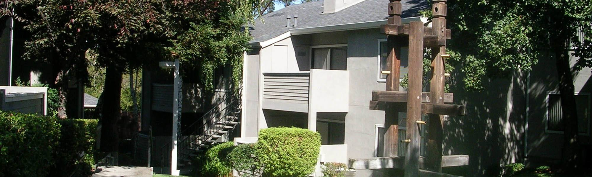 View photos of our luxurious property at Plum Tree Apartment Homes in Martinez, CA