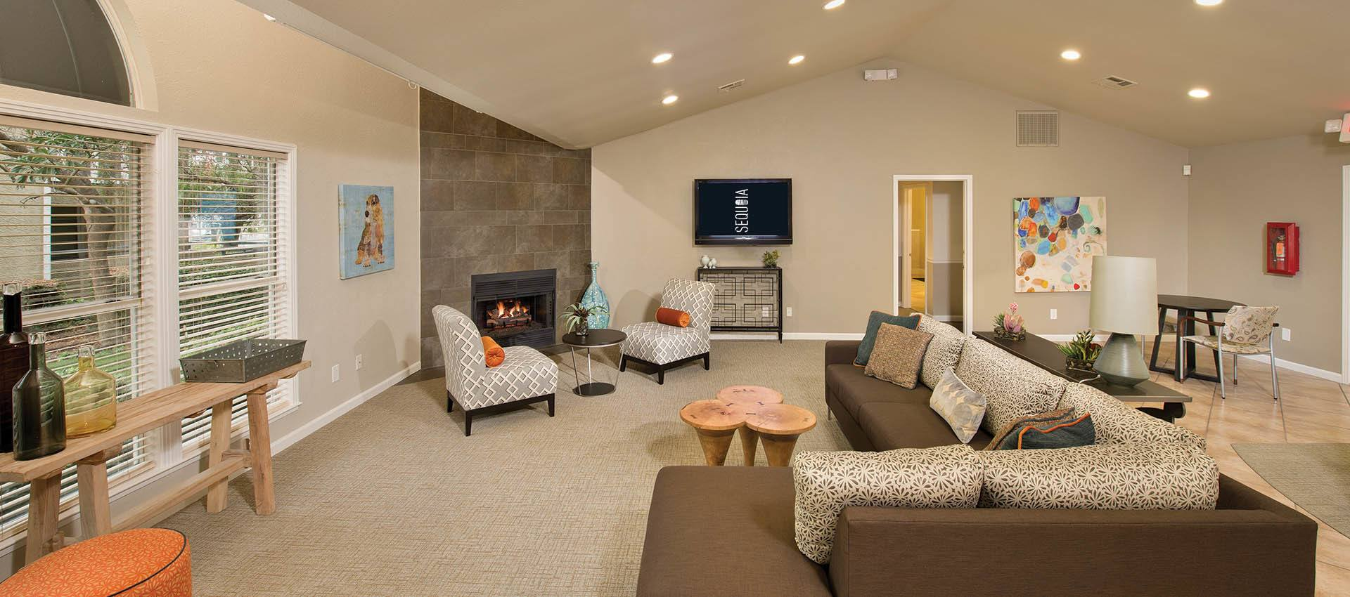 Clubhouse With Kitchen at Sterling Heights Apartment Homes in Benicia