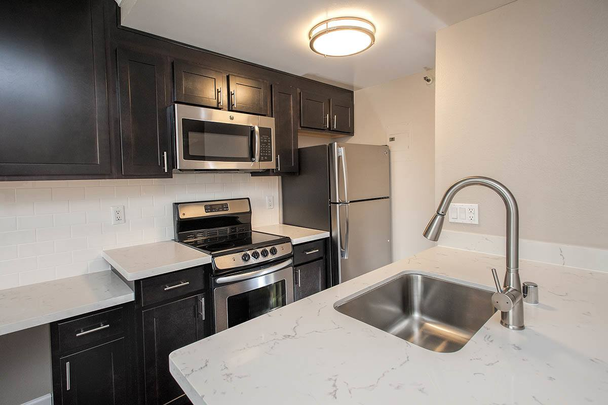 Luxury Kitchen at Tower 737 Condominium Rentals in San Francisco