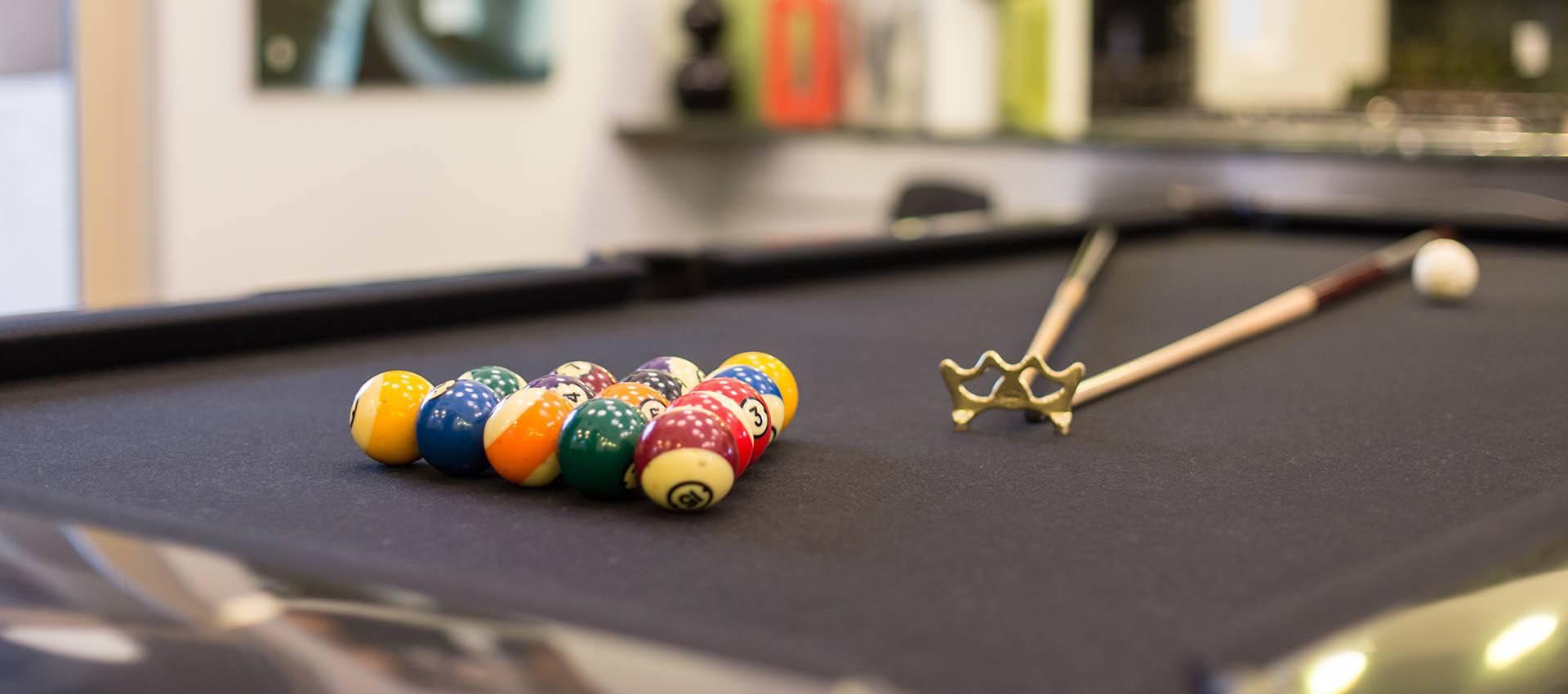 Billiards table at Venu at Galleria Condominium Rentals in Roseville , CA