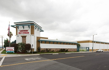 Visit our Lakewood Self Storage facility in Lakewood, CA.