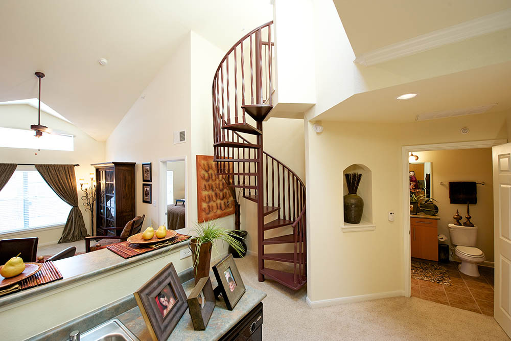 Winding Staircase At 1001 Ross